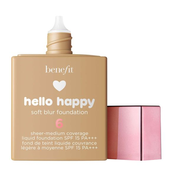 Hello Happy Soft Blur柔滑霧鏡粉底液 Benefit