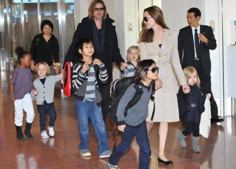 Brad Pitt And Angelina Jolie Arrive Tokyo With Children