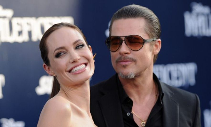 Brad Pitt Confirmed For Angelina Jolies New Film By The Sea