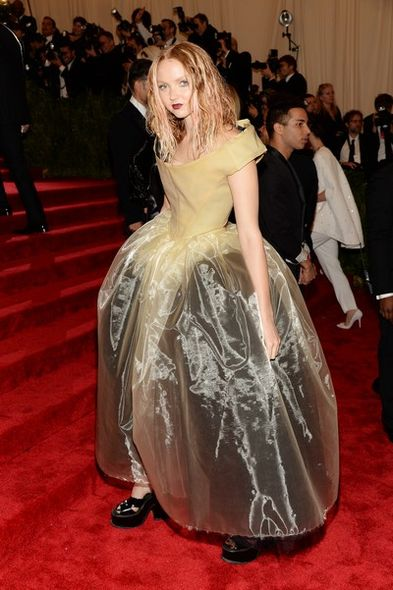 Met gala 2013,  Lily Cole