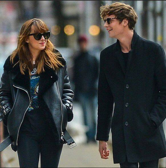 Dakota Johnson, Matthew Hitt, 情侶裝, fashion, 時裝