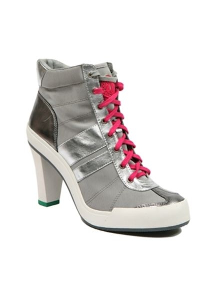 DKNY 2010 spring summer active shoes collection