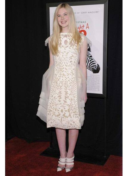 明星造型:Elle Fanning  甜美演繹 Louis Vuitton