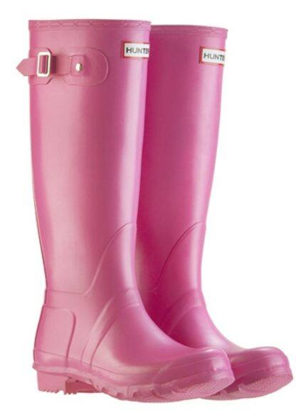 Hunter boots, accessories, fashion news