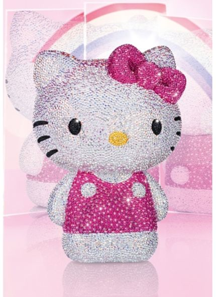 限量精品:披上「Swarovski 水晶衣」的 Hello Kitty