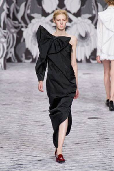 Viktor & Rolf - 2013-14 FW Ready-To-Wear
