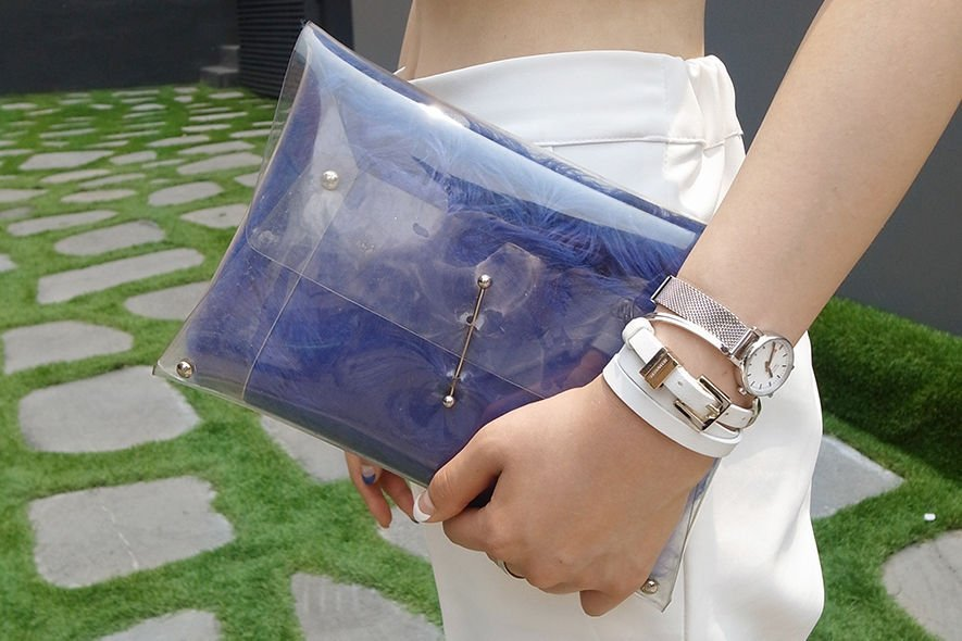Ktrend , 街拍, street snap, 韓國時裝, Korean Fashion, clutch, 手提包