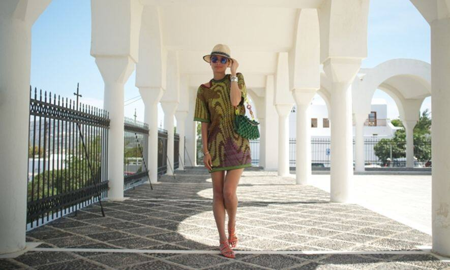 Greece, blogger, Cindy Ko, luxe nomad, travel outfit