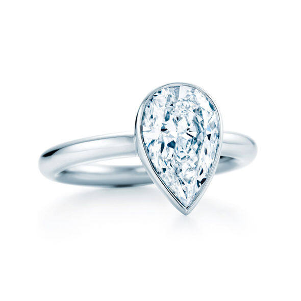 tiffany bezet diamond ring